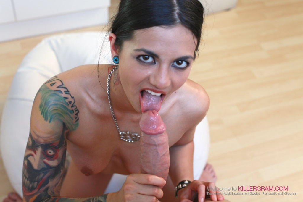 Half boob show