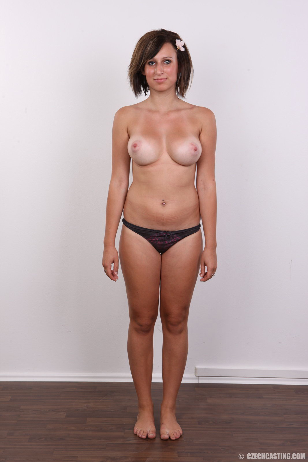 nude photos of mother and daughter